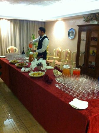 Hotel Royal Plaza: Apero'