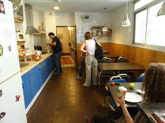 The Jerusalem Hostel: Снова кухня