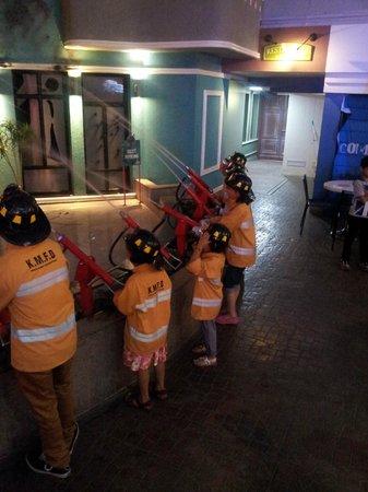 KidZania Mumbai: Kidzania firefighters