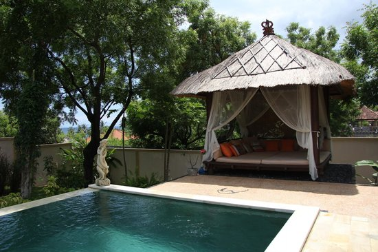Minabali Bunga'lo : Loved the beutiful daybed...