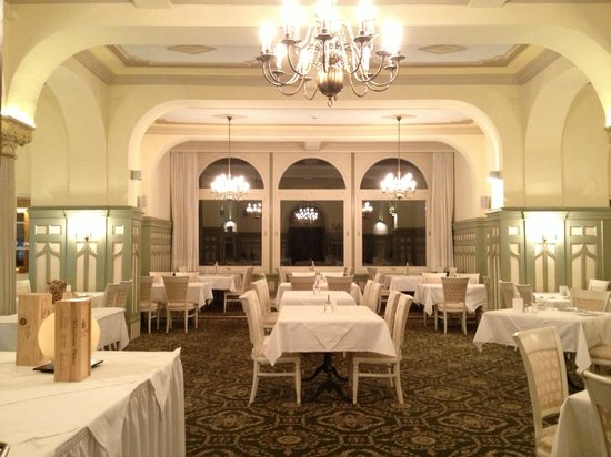Soldanella: 朝食のレストラン