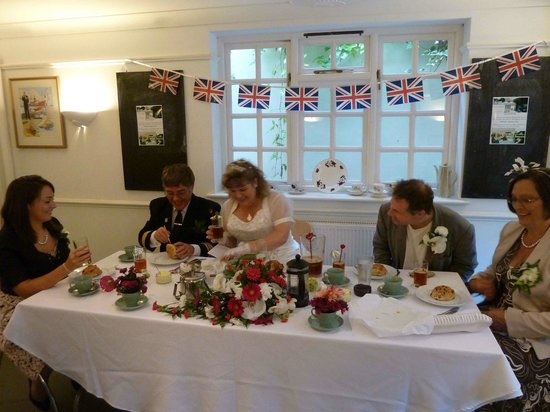 The Pines Garden Tea Room: Top Table