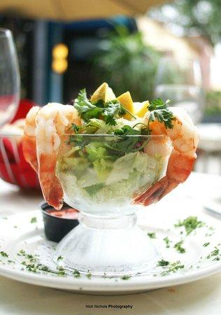 Tunas Seafood Restaurant : shrimp cocktail
