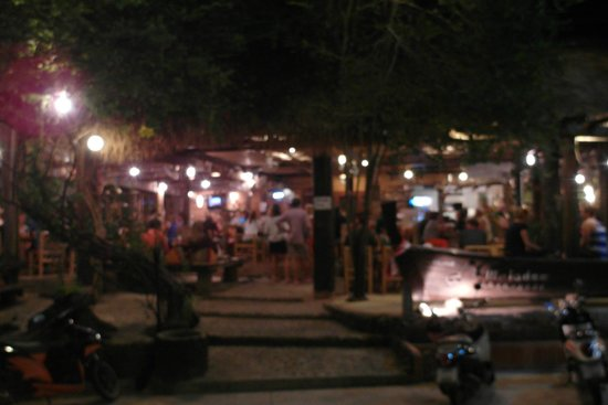 L. Maladee Restaurant : Facade of restaurant. Sorry its blur, i was too hungry! Alfresco dining. Beware mozzies!