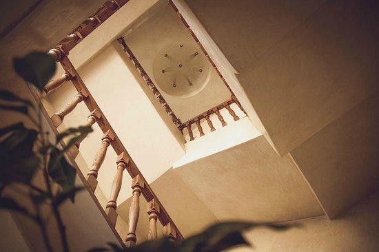 Riad Chbanate : Stairwell
