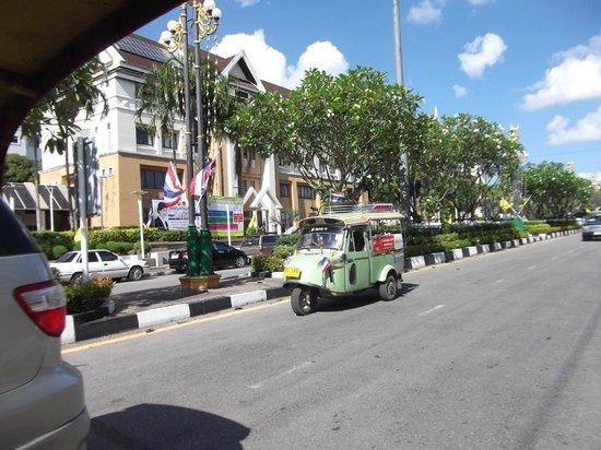 My Friend Hotel : TRANG l'avenue Principale de l'Horloge