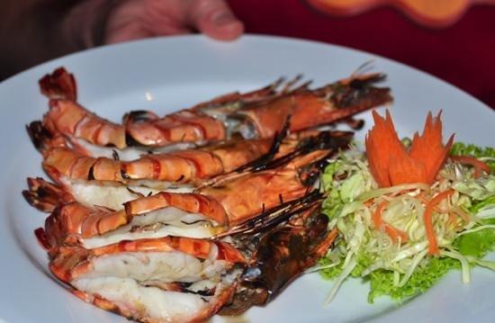 Sala Bua & Lo Spuntino Restaurant: Big tiger prawns