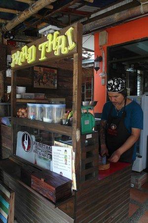 Phad Thai Rock n Roll: The chef lolz