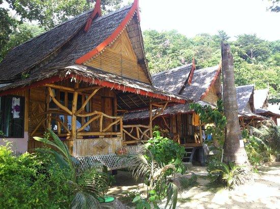 Phi Phi Relax Beach Resort: Beach Front Bungalows