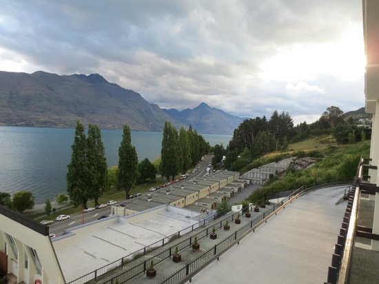 Rydges Lakeland Resort Hotel Queenstown: View from Lake View Room