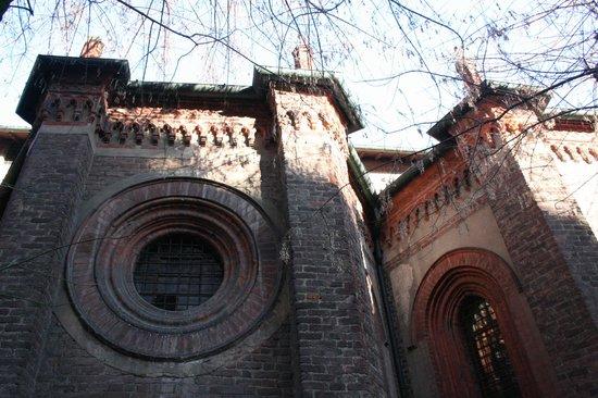 Chiesa di Santa Maria Incoronata: cappelle laterali