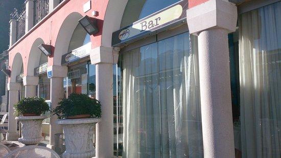Ristorante Pizzeria Nazionale : Outside of cafe