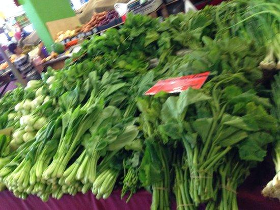 Rusty's Market: 野菜やハーブ