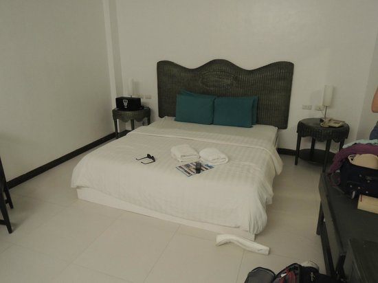 Erus Suites Hotel: Bed
