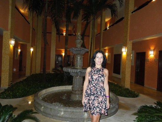 Grand Palladium Riviera Resort & Spa: Entrada a las habitaciones