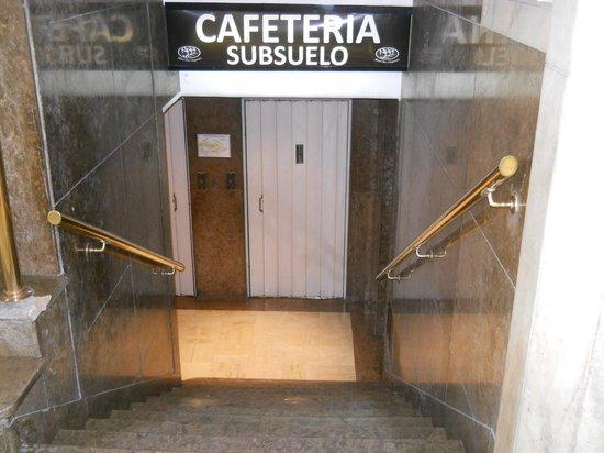 Hotel Tres Sargentos: Cafeteria