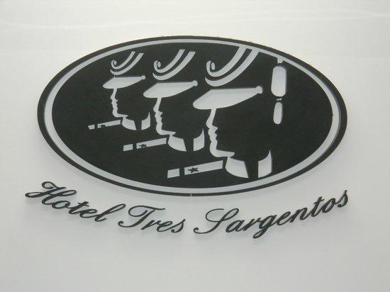 Hotel Tres Sargentos: Logo