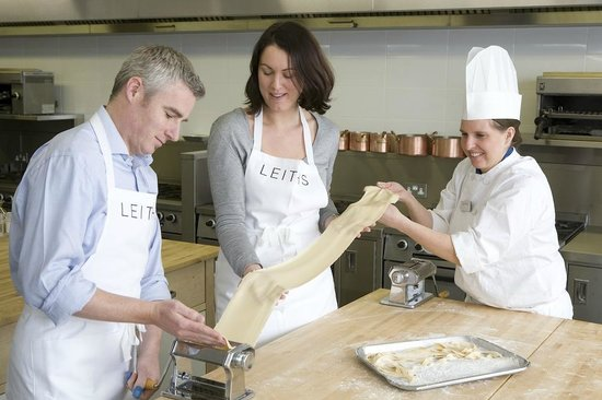 Leiths School of Food and Wine: Making pasta