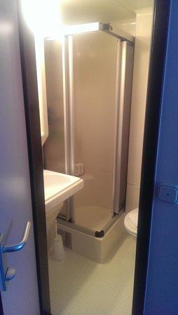 Hotel Andreas Hofer: PVC bathroom