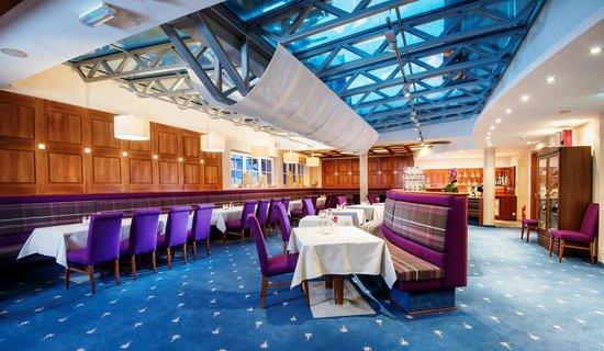 Hotel Enzian: Wintergarten Restaurant