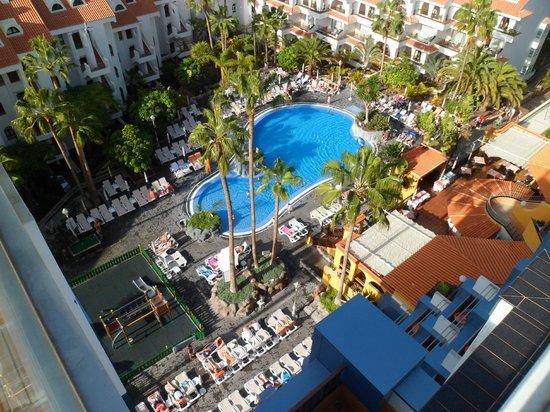 Paradise Park Fun Lifestyle Hotel: POOL