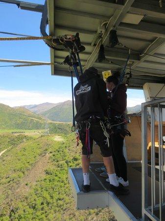 AJ Hackett Bungy New Zealand : Nevis Swing