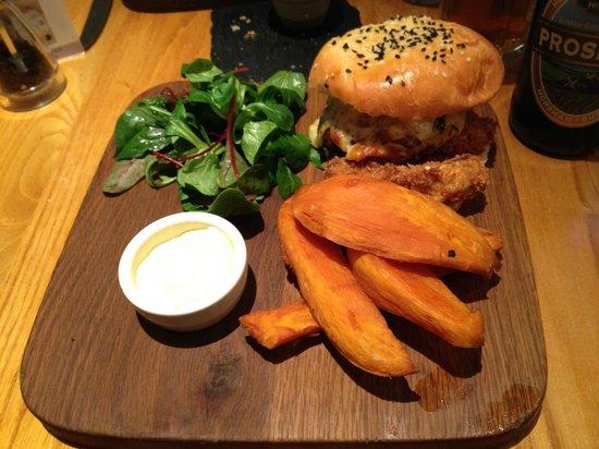 Food for Friends: Halloumi Burger