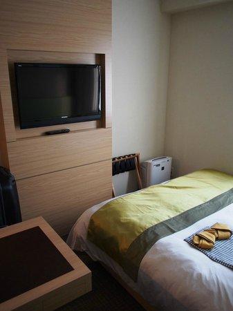 Super Hotel LOHAS Tokyo Station Yaesu Chuo-guchi: Deluxe double room