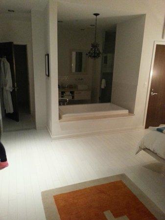 Bungalow Hotel: Suite