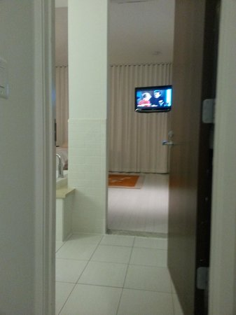 Bungalow Hotel: View of suite from water closet