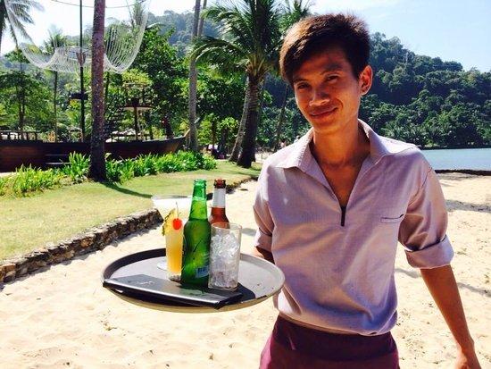 Mercure Koh Chang Hideaway Hotel : Happy Hour