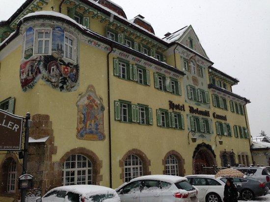 Hotel Dolomiti: Esterno