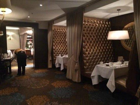 The Shelbourne Dublin, A Renaissance Hotel: BREAKFAST ROOM