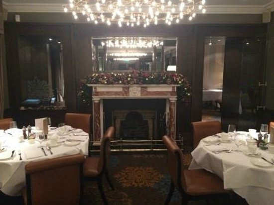 The Shelbourne Dublin, A Renaissance Hotel: BREAKFAST ROOM