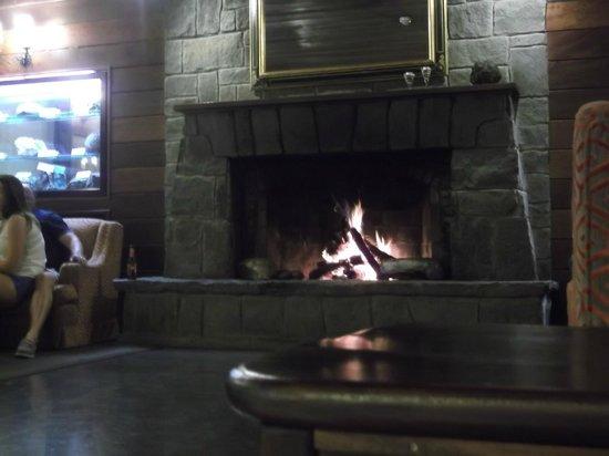 Marylanza Suites & Spa: teidi by night