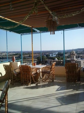 Ekadolli Nubian Guesthouse: the terrace