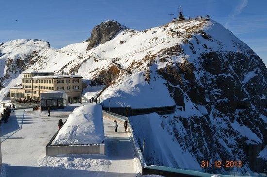 Hotel Pilatus-Kulm: View of Hotel