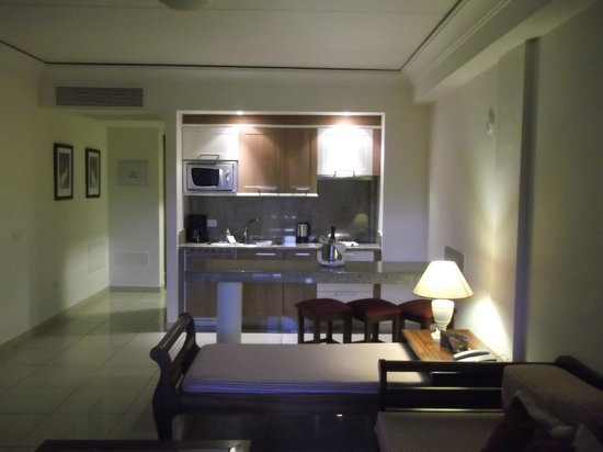 Marylanza Suites & Spa: our room