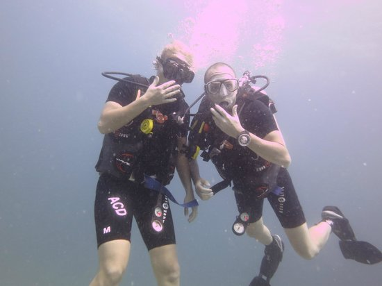 Andys Scuba Diving Phuket: Chilling under water, no big deal!
