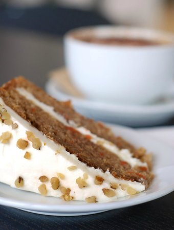 The Garden Room Bar and Bistro: Pop in for coffee and cake