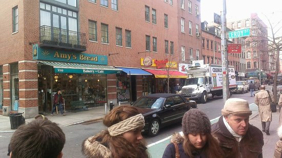 Foods of New York Tours: Amy's Bread and Murray's Cheese Shop