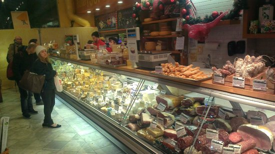Foods of New York Tours: Murray's Cheese Shop