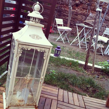 Ada Palas Butik Otel: Bahçe