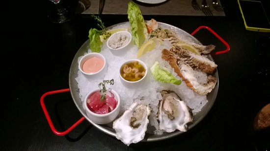 West 14th Steakhouse - New York Grill and Bar : Seafood platter for one!