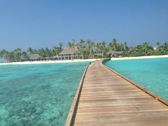 Velaa Private Island: the entrance