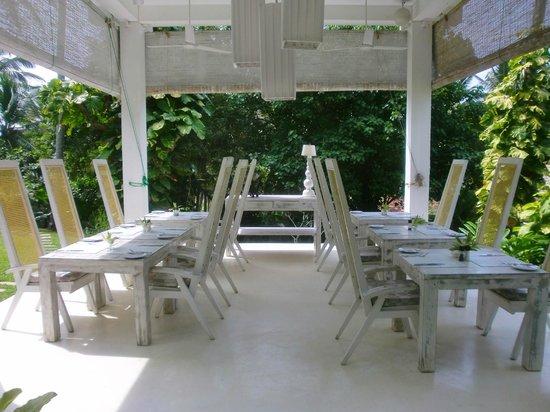 W15 Escape: Restaurant im Garten