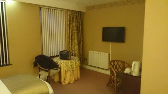 The Sitwell Arms Hotel: Our Room