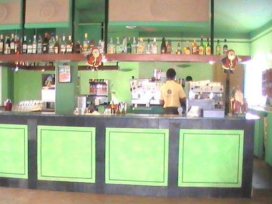 Crioula Club Hotel & Resort: Il Bar principale
