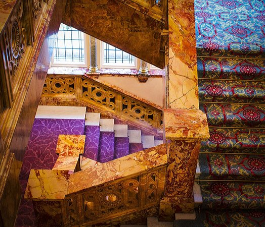 The Principal London : The marble staircase