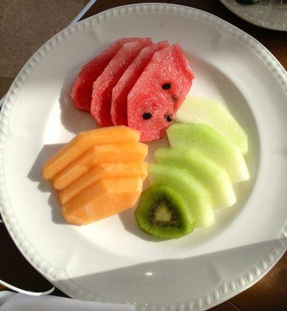 Beloved Playa Mujeres: Fresh fruit